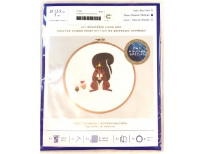 Embroidery Kit Acorns Squirrel
