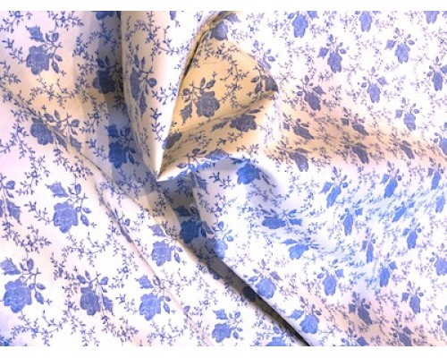 100% Cotton Poplin Cream Blue Floral Patchwork and Quilting Cottons