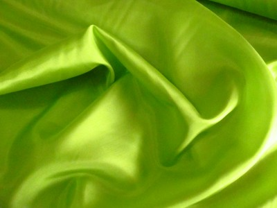 100% Silk Habotai Lime 35g